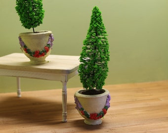 DOLLHOUSE MINIATURE Potted Plant in Hand Painted pot