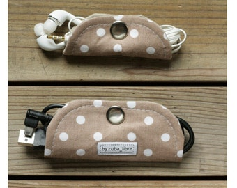 MTO Ear buds & charger holders - Beige polka dots