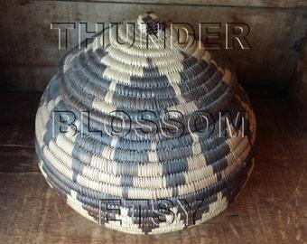 1983 Kwazulu-Natal region woven beer basket