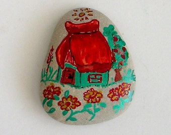 Rock painting House&Flowers, painted rock, rock art , Hand Painted Rocks, rock paper weight, painted stones