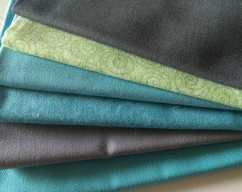 Sale! Cool Solids and Blenders Fat Quarter Bundle of 6