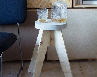 holz und beton desktop lamp von studiosvarv auf etsy. Black Bedroom Furniture Sets. Home Design Ideas