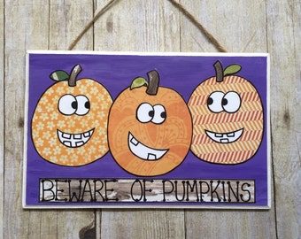 Halloween Decor, Halloween Door Decor, Halloween Door Sign, Halloween Sign, Pumkin Door Hanger, Halloween Wall Art, Halloween Wall Decor