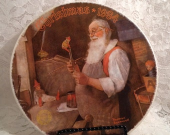 Santa In His Workshop by Norman Rockwell, 1984 Collector Plate, Knowles Limited Edition Plate, Christmas Decor.