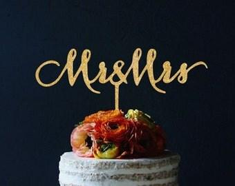 """Cake topper """"Mr & Mrs"""""""