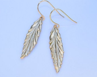 Vintage   Gold Thorne Leaf Earrings