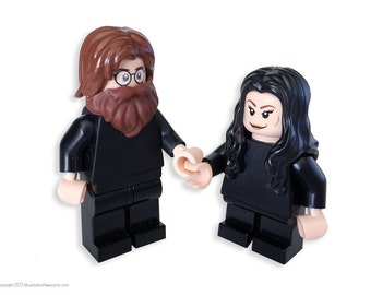 John & Yoko Custom MiniFigures set Genuine LEGO®  parts / iconic Black outfits / Bed peace / Hair peace / Bed-in / 60's / The Beatles