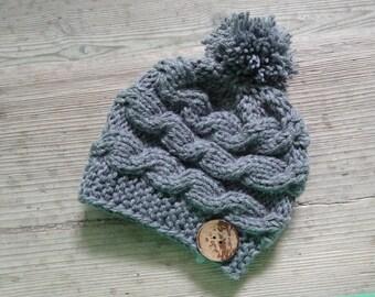 Baby knit hat  Newborn baby Photo Prop - Newborn Pom Pom Hat , Pompom Hat with coconut button Infant Hat, pompom, boy beanie, knit cable hat