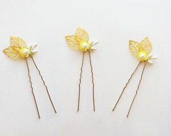 Gold Bridal Hair Pin Set, Wedding Headpiece, Pearl Hair, Wedding Hair, Wedding Hair Accessory, Gold Bridal Comb, Flower girl Hairpiece