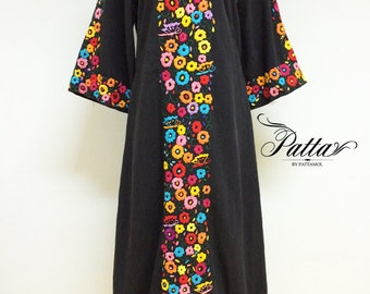 1970s Vintage hand embroidered Mexican dress, heavily flower embroidery, boho hippie boho gypsy behemian bell sleeve dress