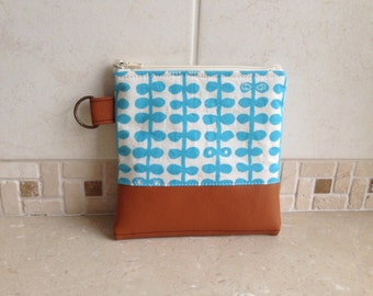 Zipper Pouch : water blue leaf cotton with faux leather with D ring