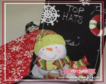 dSLR Camera Strap Cover - Red Snowflake with Snowmen Winter Words