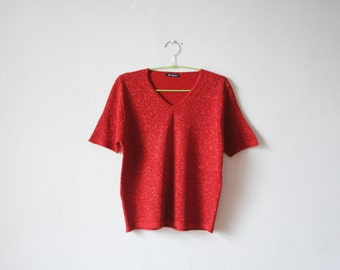 Vintage red sparkly knitted top with short sleeves and v neck
