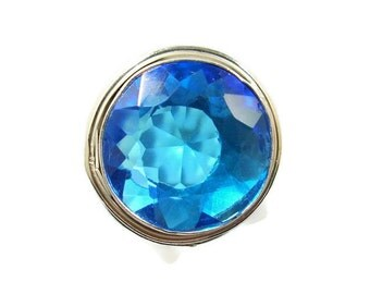 topaz hindu singles Depending upon the horoscope and planetary placement there are often problems regarding the marriage like delay in marriages, compatibility issues in the relationship.