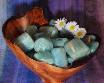 1 India AQUAMARINE Healing Crystals and Stones