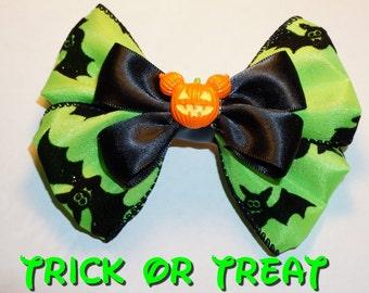 Mickey's Trick or Treat Halloween Pumpkin bow