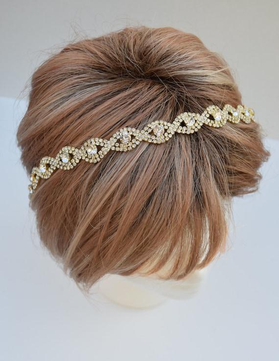 Wearing Hair Behind Ears | apexwallpapers.com