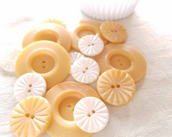 Cottage chic butterscotch and white vintage buttons. Lot of 15. (Gina 3)