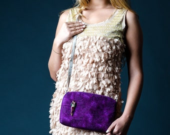 Free shipping Cotton and Linen Crossbody woman bag with vintage brooch Purple casual handbag Small iphone purse