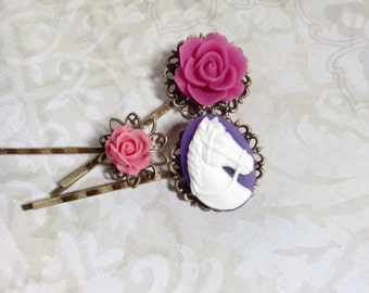 Horse And Pink Rose Hair Clips