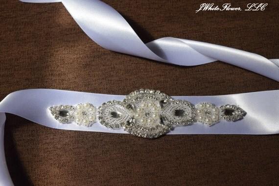 Wedding Sash with Crystal Clear Rhinestone and Pearl Beads Applique, Bridal Sash, Bridal Embellishment, Bride Belt, Bridal Accessory WS2