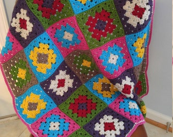 CROCHET GRANNY THROW