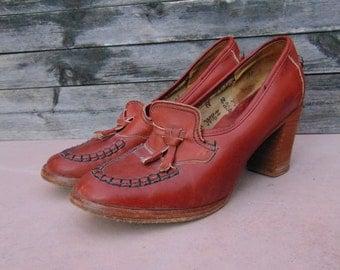 Vintage Leather Heels, 70's Platform Shoes, By Zodiac, Mod, Encore, Women's size 12