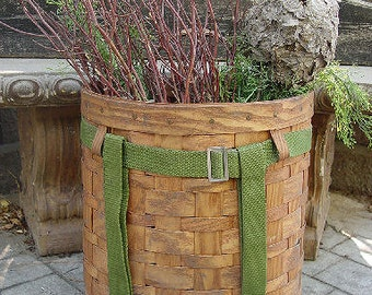 Nice Early 1940's Split Ash Trappers Pack Basket ~ Rustic Camp or Lodge Decor
