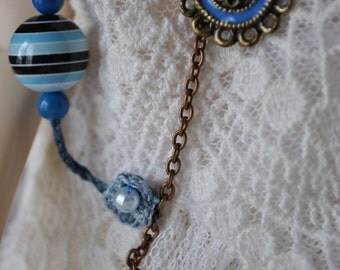BJD, chain and blue crochet necklace