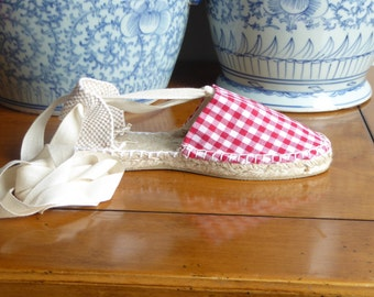 Lace up flat espadrilles for girl - GINGHAM COLLECTION - mumishoes - made in spain