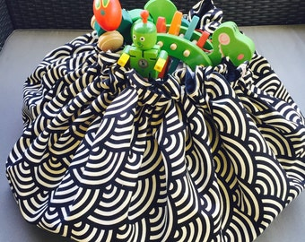 Geometric monochrome Kids and Baby Playmat and Bag Kids play mat blocks mat Toy storage Bag Round rug black cream