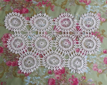 Vintage Crocheted Antimacassar/ Chair Back Cover/ Chair Doiley/ Doilies/ 1940s Home Decor/ Hand Made/ Chair Scarf/ Dresser Scarf/ Starburst