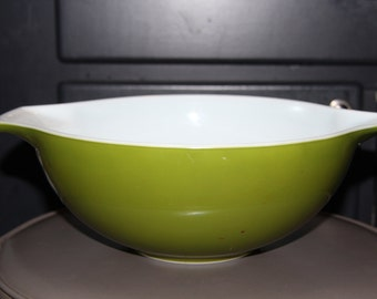 Vintage Green Pyrex Mixing Bowl with Cinderella tabs