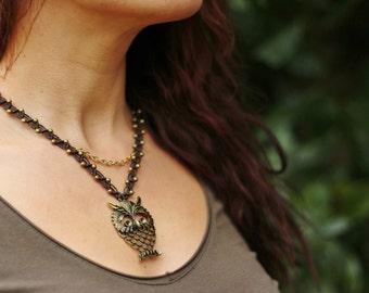"Bohemia micro macrame and OWL pendant necklace bronze ""Badariya"""