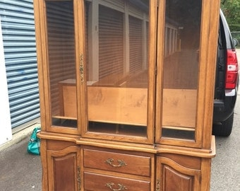 Vintage Drexel French Provincial China Hutch Cabinet