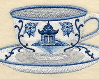 BLUE WILLOW TEACUP Tea Cup Chinoiserie Blue and White Machine Embroidered Quilt Square, Art Panel
