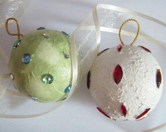 Decorative Christmas ball ornament