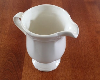 Mikasa FRENCH COUNTRYSIDE White Creamer / Milk Jug