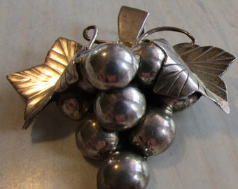 Sterling Silver Grape Pin/pendant from Mexico