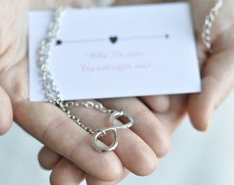 Maid of honor gift - card with infinite chain
