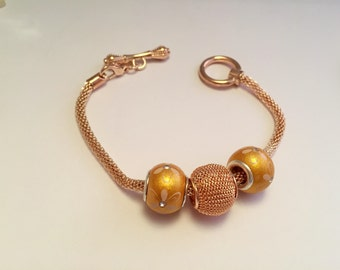 Bracelet charm's golden yellow, clasp toggle ref 567