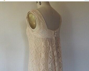 SALE Vintage cream lace shift dress 1960s