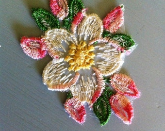 Vintage Flower Applique Set of 2
