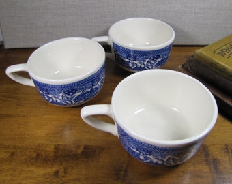 """Set of Three (3) """"Blue Willow"""" Coffee Mugs - Blue and White"""