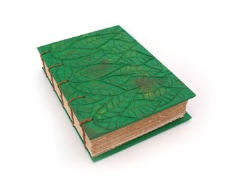 journal green with 3D leaves