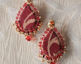 Reinassance drop textile earrings, entirely hand-sewn, handmade in Italy. Zirconia crystals