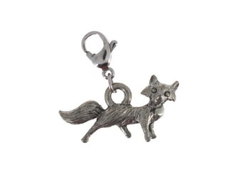 Fox charm in antique silver plated pewter on lobster claw clasp. Fox charm.  Fox necklace.  Fox jewelry.  Fox bracelet.  Fox hunt.