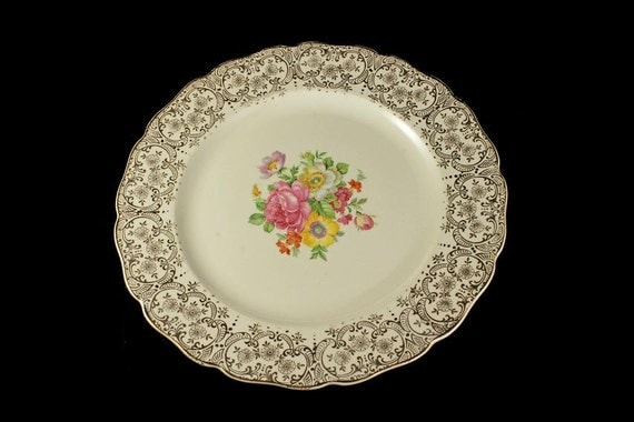 Dinner Plate, Canonsburg Pottery Company, Lajean, Warranted 22 Karat Gold, Floral Pattern, Gold Filigree