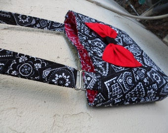 crossbody bag.. cross body / messenger bag / bandanna bag