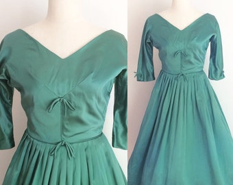 1950s Emerald Emma Domb Party Dress 26 Inch Waist | 50s Emma Domb Short Green Dress Size Small